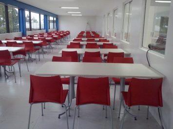 Cadeiras para restaurantes e Refeitório industrial